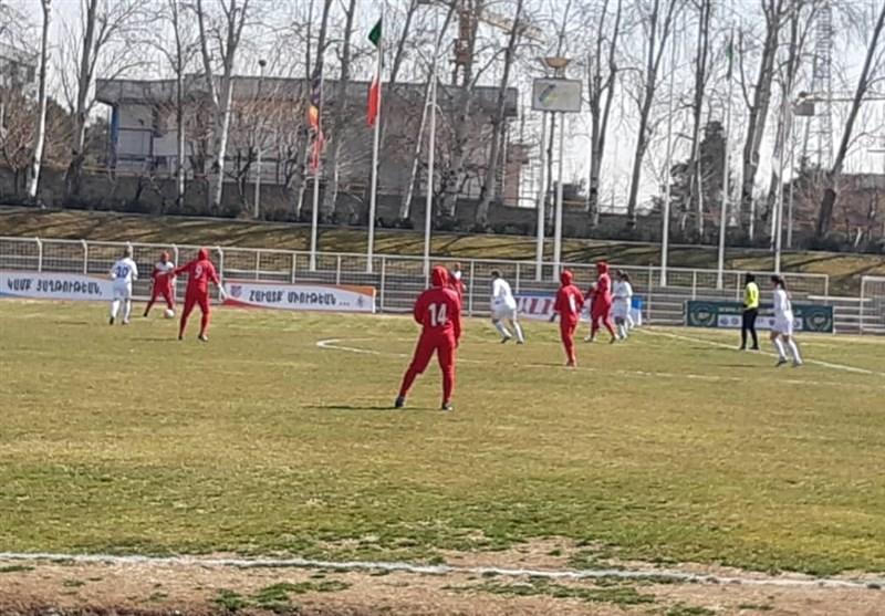 شکست تیم ملی فوتبال بانوان ایران مقابل بلاروس در غیاب مسئولان